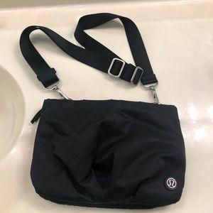 Lululemon belt/crossbody bag